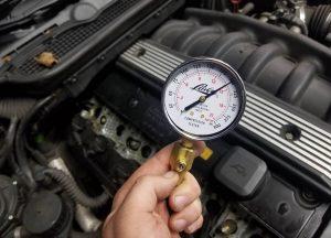 Как выявить неисправности двигателя с помощью компрессии? Таблица с конечными значениями